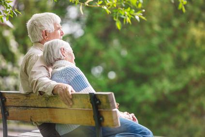 Départ en maison de retraite : stocker les affaires de vos proches en lieu sûr